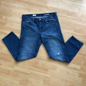 Gap Sexy Boyfriend 1969 Jeans